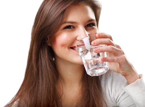 Khô miệng gây hôi miệng là bệnh gì và điều trị ra sao nhanh nhất? 2
